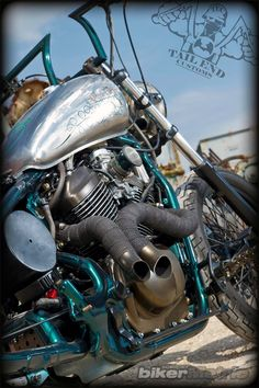 custom-exhaust_green-with-envy_tail-end-customs.jpg (640×962)