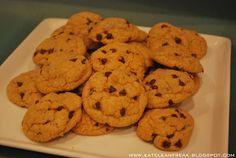 CLEAN FREAK: Whole Wheat {clean} Chocolate Chip Cookies