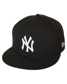 New York Yankees Snapback Cap. Men s Brimmed HatsFlat ... 31917fbc3900