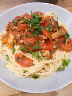 Spaghetti, Rice, Pasta, Vegetables, Ethnic Recipes, Food, Essen, Vegetable Recipes, Meals