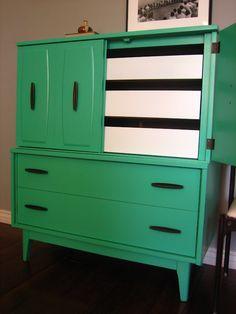 European Paint Finishes: Retro Green Dresser & Brasilia Beds