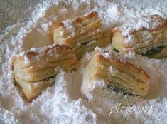 Pin on Deserturi romanesti Holiday Ham, Savoy Cabbage, Romanian Food, Romanian Recipes, Spanakopita, Savoury Dishes, Macarons, Gem, Caramel