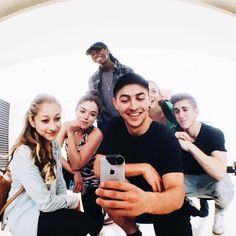 How Beautiful Briar Nolet with other members from The Next Step cast - Alexandra Chaves, Isiah Peck, Shelby Bain, Myles Erlick and Trevor Tordjman Best Tv Shows, Favorite Tv Shows, Le Studio Next Step, Step Tv, Briar Nolet, Acro Dance, Family Channel, Disney Shows, The Next Step