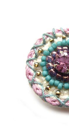 Häkelring Crochetring Ring | Etsy Crochet Rings, Knit Crochet, Swarovski, Diy Jewelry, Jewellery, Textiles, Crochet Patterns, Etsy, Knitting