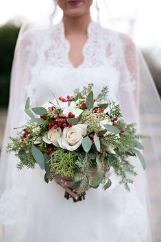25 Oh-So-Festive Christmas Wedding Ideas via Brit + Co