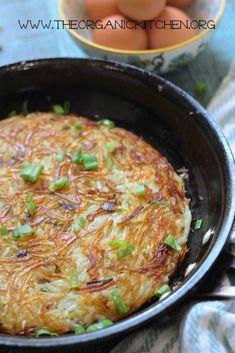 Swiss Rosti Traditional Swiss Rosti (Potato Fritter) ~ Whole 30 Potato Rosti Recipe, Potato Recipes, Potato Sides, Potato Side Dishes, Fish Dishes, Vegetarian Recipes, Cooking Recipes, Healthy Recipes, Paleo Meals