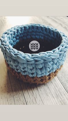 T Shirt Yarn, Jute, Basket, Bracelets, Jewelry, Crocheting, Jewlery, Bijoux, Schmuck