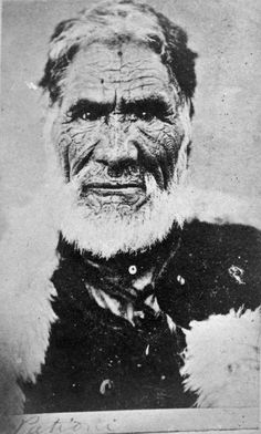 Eruera Patuone, Maori Photography and the Portraits of Gottfried Lindauer - Lindauer Online Polynesian People, Polynesian Art, Once Were Warriors, Maori Tattoo Meanings, Ta Moko Tattoo, Maori People, Maori Art, Portrait Photo, Old Photos