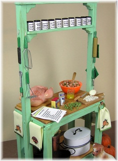 DYI DOLLHOUSE MINIATURES  from Joann Swanson's blog: making a Thanksgiving work station and turkey with all the trimmings!  This is a thorough, well-thought out tutorial