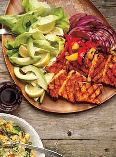 Tofu grillé à la sauce barbecue Sauce Barbecue, Barbecue Recipes, Grilling Recipes, Raw Food Recipes, Veggie Recipes, Vegetarian Recipes, Cooking Recipes, Healthy Recipes, Grilling Tips