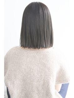 vicca 'ekolu 【ヴィッカ エコル】 《vicca 井上》切りっぱなしザクザクボブ Medium Hair Cuts, Medium Hair Styles, Short Hair Styles, Haircuts For Wavy Hair, Bob Hairstyles, Charcoal Hair, Pin Straight Hair, Middle Hair, Ulzzang Hair