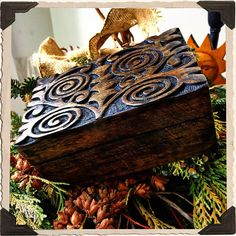 This enchanted hand-carved Pagan Spiral of Life design tarot & keepsake box, is perfect for any Witch and Altar Decor. Made with a rustic exterior wood design & interior black finish, to keep you magi