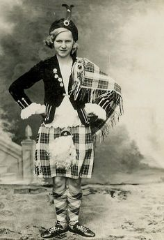 :::::::::: VIntage Photograph ::::::::::  Annie Alexander aged 15 ~ Inverkeithing Highland Games Champion. 1936.