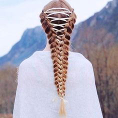 15 Amazing Braid Hairstyles with Corset Braid Hair - hair styles for short hair Cool Braids, Braids For Long Hair, Beautiful Braids, Gorgeous Hair, Amazing Braids, Top Hairstyles, Braided Hairstyles, Hairdos, Medieval Hairstyles