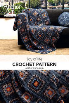 Best 11 Charming #crochet #Grannysquare mantel #pattern Made with Anchor Creativa #manta #throw #modelogratis #croche Crochet Motifs, Crochet Quilt, Granny Square Crochet Pattern, Afghan Crochet Patterns, Crochet Squares, Knit Or Crochet, Crochet Stitches, Free Crochet, Granny Square Blanket
