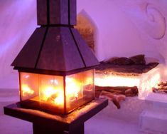 10 Of The Coolest Hotel Suites In The World: The Ice Hotel's Fireplace Suites