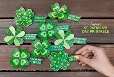 Printable St. Patrick's Day Pins: An easy shamrock craft for you and the kids #StPatricksDay