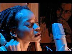 Chant Down Babylon -  by Stephen Marley feat. Lauryn Hill, Erykah Badu, Busta Rhymes, Damian ... awesome time-travel