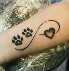 The Cutest Paw Print Tattoos Ever 4 Tattoo, Wrist Tattoos, Piercing Tattoo, Body Art Tattoos, Tribal Tattoos, Tatoos, Tattoos Skull, Little Tattoos, Mini Tattoos