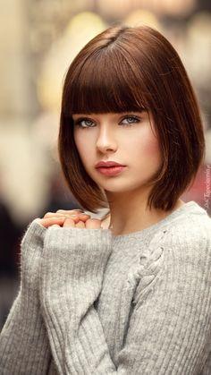 Beautiful Face Images, Beautiful Eyes, Girl Face, Woman Face, Brunette Beauty, Hair Beauty, Short Bob Hairstyles, Beauty Full Girl, Dark Hair