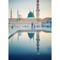 Al Masjid An Nabawi, Mecca Masjid, Masjid Al Haram, Mecca Wallpaper, Islamic Quotes Wallpaper, Islamic Images, Islamic Pictures, Muslim Photos, Ramadan