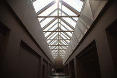 building hallway skylight free stock photo x 1333 MB Victorian Skylights, White Hallway, Roof Lantern, Photo Dimensions, Hallway Lighting, Roof Light, Glass Roof, Window Film, Landscape Photography