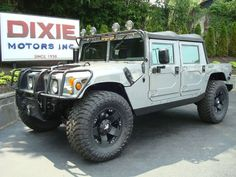 how a hummer is supposed to look.. + rockstars, yuuum.