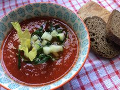 CON SABOR Y SALUD: Gazpacho Gazpacho, Palak Paneer, Chili, Ethnic Recipes, Food, Health, Chilis, Meals, Yemek