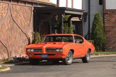 1969 GTO Judge. I once owned this car. Wish I still had it..