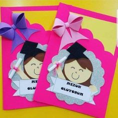 Crafts ideas for moving up ceremony - Preschool - Aluno On Kids Crafts, Preschool Activities, Diy And Crafts, Paper Crafts, Graduation Crafts, Kindergarten Graduation, Graduation Invitations, Art Origami, Art N Craft