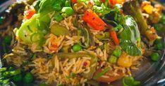 Découvrez cette recette de Biryani aux légumes mélangés pour 4 personnes, vous adorerez! Biryani, Food La, Grains, Rice, Jay, World, Nutrition Month, Indian Dishes, Indian Recipes