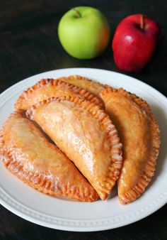 There's nothing better than Southern Fried Apple Pies in the Fall! Check out my Best Fried Apple Pies Recipe that's made completely homemade from scratch! These old fashioned Amish-Style Fried Apple Hand Pies are so easy and delicious with a tender, flaky, and buttery pie crust, a cinnamon sugar apple pie filling, and a sweet powdered sugar glaze. #friedapplepies #applepie #falldesserts Fried Apple Pies, Apple Hand Pies, Fried Pies, Homemade Apple Pie Filling, Homemade Pie, Cinnamon Sugar Apples, Recipe From Scratch, Apple Pie Recipes, Sugar Glaze