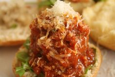 What's Cooking This Week? Basil & Tomato Meatballs Sliders + More