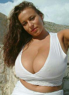Aneta Buena - white