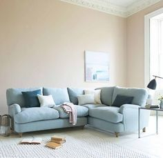 Corner sofas are often quite contemporary. But not our Jonesy. It's got all the hallmarks of a Loafy take on a classic.