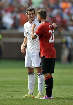 Gareth Bale & Luke Shaw #footballislife