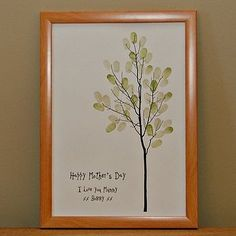 DIY gift idea for grandma: Have all the grand kids put their fingerprint on the tree!