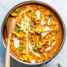 Lots of people would like to find out more about indian cooking chana masala. Well that is what our web site is all about. So click through and see how we can give you that. Easy Healthy Recipes, Baby Food Recipes, Indian Food Recipes, Great Recipes, Ethnic Recipes, Vegetarian Recepies, Vegetarian Food, Aloo Gobi, Good Food