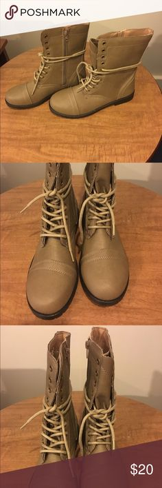 Women's size 7/8 beautiful new combat style boots. Women's size M7/8 Etc by Rue 21. Brand new without box beautiful combat style boots with laces and side zipper closure. Rue 21 Shoes Combat & Moto Boots