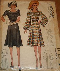 McCall 3738: Misses' dress