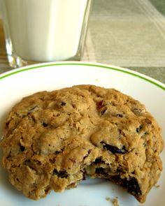 Think, Love, Sleep, Dine: Chocolate Chunk Oatmeal Cookies with Dried Cherries (or Craisins)