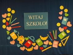 Znalezione obrazy dla zapytania dekoracje na rozpoczęcie roku szkolnego Pre School, Back To School, Diy Paper, Paper Crafts, Diy And Crafts, Crafts For Kids, Backdrop Design, School Decorations, Paper Flowers