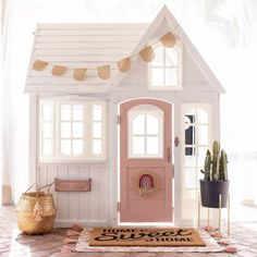 Building your little one a playhouse in the backyard will surely make them happy. There are a few things you should know before you build a playhouse for kids. Costco Playhouse, Girls Playhouse, Build A Playhouse, Wooden Playhouse, Playhouse Decor, Playhouse Ideas, Painted Playhouse, Backyard Playhouse, Cubby Houses