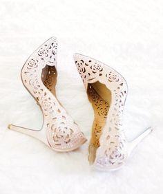 Lace wedding heels f
