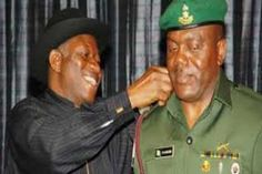 Jonathan's ex-ADC and 7 top Officers landed in EFCC Custody