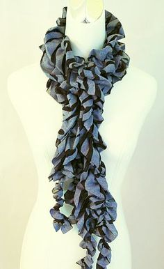 Love these curly scarves for the fall.