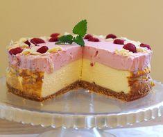 Sernik z musem malinowym 2 Cupcake Cakes, Cupcakes, Polish Recipes, Polish Food, Cheesecakes, Sweet Treats, Cook, Drink, Baking
