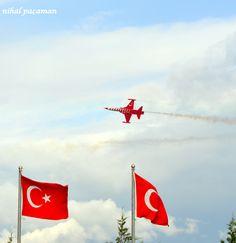 İzmir Hava Teknik Okullar Komutanlığı - Türk Yıldızları Gösterisi