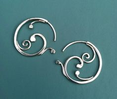 Small Swirling sterling silver earrings Rachel by rachelwilder