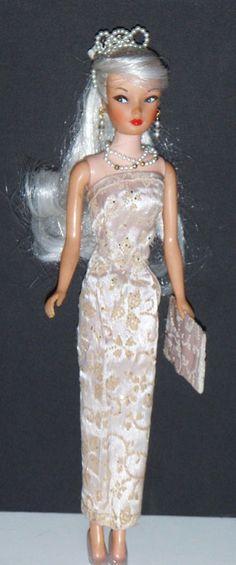 Vintage Barbie Clone Blonde Ponytail Doll Miss Suzette Uneeda Big Head